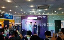 Nhờ đón đầu các thí sinh vừa biết điểm đại học, Galaxy J7 Pro đã có doanh số bán kỷ lục trong ngày ra mắt