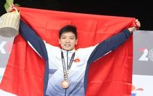 Kình ngư 15 tuổi Việt Nam phá kỷ lục SEA Games, giành HCV