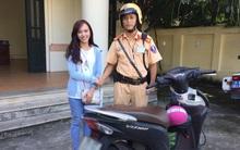 Hà Nội: Cô gái xinh đẹp tìm lại được xe máy sau 2 năm bị mất cắp