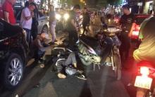 Hà Nội: Ô tô tông xe máy ở phố Thái Hà, 3 người bị thương