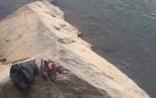 Bắc Kạn: Nam thanh niên để lại hộp quà nhỏ trên bờ rồi nhảy sông tự tử