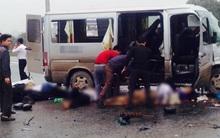 Chùm ảnh: Hiện trường vụ xe đón dâu đâm vào xe tải khiến 3 người thiệt mạng, 16 người khác bị thương