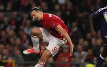 NÓNG: Ibrahimovic nghỉ thi đấu đến hết mùa