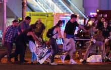Những người xa lạ tốt bụng dang tay giúp đỡ nạn nhân của vụ xả súng Las Vegas