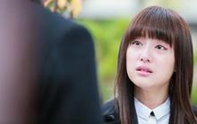 Gặp cô gái xinh đang khóc, chàng sinh viên chạy Grab có hành động ấm áp và cái kết bất ngờ cho cặp đôi!