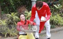 """""""Amazing Race Trung Quốc"""" tại Việt Nam: Vương Lệ Khôn - Trịnh Nguyên Sướng mặc áo dài, kiệt sức dưới trời nắng"""