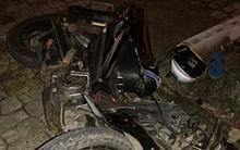 Đà Nẵng: Tài xế xe dù đâm nát xe máy, làm gãy chân đồng nghiệp rồi bỏ trốn trong đêm