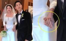 Cử chỉ của cô dâu chú rể Song Song trong bức ảnh hiếm hoi chụp trước khi bước ra lễ đường gây chú ý