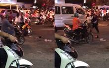 Sài Gòn: Đôi nam nữ bất chấp đông người đánh nhau giữa ngã tư đường