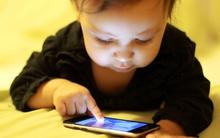 """Công nghệ và smartphone đã """"giết chết"""" kỷ niệm tuổi thơ của chúng ta như thế nào?"""