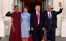 Bức ảnh chuyển giao quyền lực đáng nhớ: Vợ chồng ông Obama đón tiếp Tổng thống Donald Trump cùng bà Melania trước Nhà Trắng