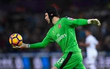 Petr Cech và những pha cản phá xuất sắc nhất vòng 21 Ngoại hạng Anh