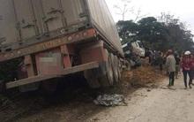 Hà Tĩnh: Thi thể người phụ nữ văng ra mép sông sau vụ tai nạn giao thông thảm khốc