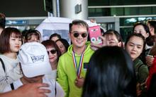 Trắng tay trở về từ MTV EMA 2017, Đàm Vĩnh Hưng vẫn hạnh phúc trong vòng tay yêu thương của người hâm mộ