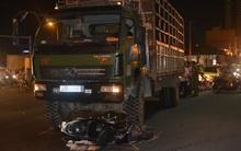 Xe tải tông xe máy ở Đà Nẵng: Nguyên phó hiệu trưởng tử vong, cậu bé 10 tuổi nguy kịch