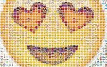 Không phải =)) hay :x - đây mới là emoji cổ nhất thế giới và nó đã 3.700 tuổi rồi!
