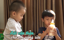 """Chùm ảnh: Những biểu cảm """"yêu không thể tả"""" của 2 cậu con trai Đăng Khôi - Thủy Anh"""