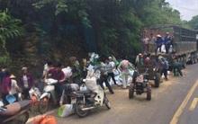 Trưởng CA xã Quy Hậu: Sau tai nạn, công an viên đã hô hoán người dân không được lấy hàng nhưng không ai nghe