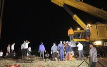 Hàng trăm công nhân trắng đêm khôi phục tuyến đường sắt Bắc Nam sau tai nạn kinh hoàng ở Huế