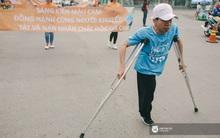 Bộ ảnh xúc động về nghị lực của những người khuyết tật trên đường chạy 5km ở Sài Gòn