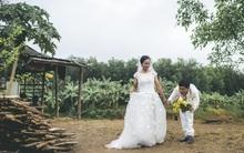 Túp lều lá trên đồi tràm và câu chuyện tình giản dị của hai vợ chồng khuyết tật ở Đồng Nai