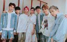 """Clip: 6 nam thần Uni5 khiến hàng nghìn sinh viên """"phát cuồng"""" trên sân khấu trở lại đầu tiên"""