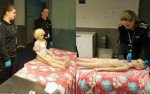 """""""Cơn sốt"""" búp bê tình dục gia tăng nỗi lo về tội phạm ấu dâm tại Na Uy"""