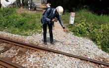 Bé trai 30 tháng tuổi bị tàu hỏa tông tử vong