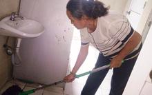 Đừng chỉ biết phàn nàn nhà vệ sinh công cộng bẩn, hãy nghe xem công nhân vệ sinh nói gì?