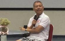 Giáo sư mặc quần đùi giảng bài: Bộ GD-ĐT yêu cầu trường báo cáo