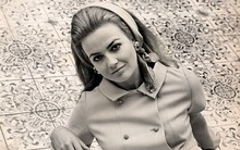 Ngoài Công nương Diana và người tình Camilla, Thái tử Charles còn có một phụ nữ rất xinh đẹp khác trong đời