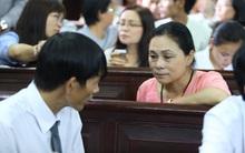 """Mẹ hoa hậu Phương Nga nói về """"người phụ nữ bí ẩn"""": """"Tôi muốn cô ấy khai việc dẫn dắt tôi để chạy án"""""""