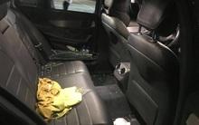 TP.HCM: Đập kính Mercedes C200 đậu trong siêu thị để trộm tài sản