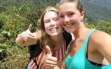 Chuyến thám hiểm định mệnh của hai cô gái trẻ và manh mối rợn người tìm được từ di vật họ để lại