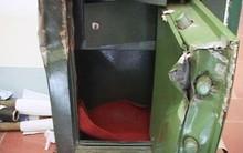 TP.HCM: Bị trộm 100 triệu cất trong tủ, nữ gia chủ phát hiện người giúp việc cũng biến mất từ lúc nào