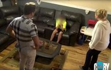 Nhờ một màn kịch, người mẹ đã cho con trai bài học nhớ đời về việc kết bạn qua mạng xã hội