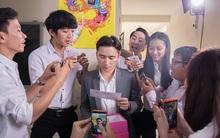 """Soi dàn sao """"khủng"""" xuất hiện ra sao trong MV mới nhất của Phan Mạnh Quỳnh"""