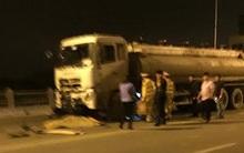 Hà Nội: Xe máy tông trực diện vào xe bồn trên cầu Vĩnh Tuy, 3 thanh niên tử vong tại chỗ