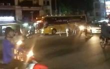 Trinh sát nổ súng trấn áp nhóm người mặc áo GrabBike hỗn chiến với bảo vệ bến xe miền Tây