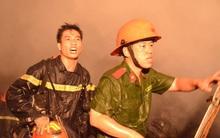 """Chuyện những người lính cứu hỏa: """"Người mẹ ngất xỉu vì 4 con gào khóc trong đám cháy ám ảnh chúng tôi"""""""