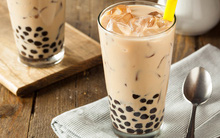 Đài Loan ghi nhận trường hợp một nữ sinh mắc bệnh do uống 3 cốc trà sữa/ngày