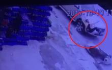 Clip: Truy tìm ô tô tông văng người phụ nữ trên đường rồi bỏ chạy