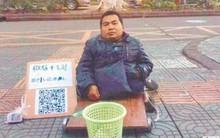 Không có tiền lẻ, các tấm lòng hảo tâm có thể chuyển khoản hoặc cà thẻ cho ăn xin ở Trung Quốc