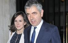 62 tuổi, sao Mr. Bean chuẩn bị có em bé thứ 3 với người tình trẻ đáng tuổi con gái