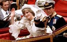 """Nổi tiếng là hòa hợp, nhưng ít ai ngờ vợ chồng Nữ hoàng Anh từng """"đối chọi nhau"""" vì cuộc hôn nhân của Công nương Diana"""