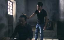 Người phán xử: Trùm giang hồ Phan Quân vẫn cực ngầu khi bị bạn tù dùng đùi gà gõ lên đầu