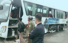 Container tông xe chở công nhân công ty Samsung trên cao tốc Hà Nội - Thái Nguyên, 5 người nhập viện