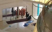 """Trung Quốc: Thảm kịch 2 đứa trẻ cùng tử vong vì bị """"đánh rơi"""" từ tầng 4 xuống đất trong trung tâm thương mại"""