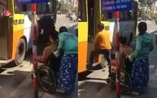 Bức xúc trước hình ảnh phụ xe buýt từ chối không cho người khuyết tật lên xe