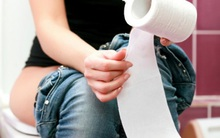 Sai lầm khi dùng giấy vệ sinh rất nhiều người mắc mà không biết